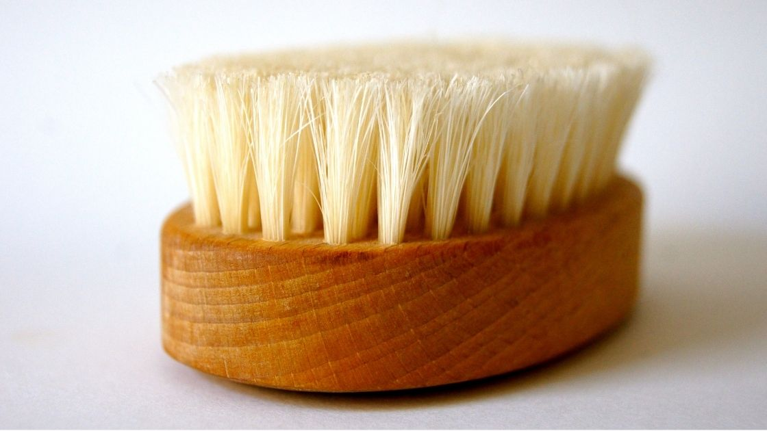 forthefeels - 1 image - dry brushing beauty routine for exfoliation detoxification lymph drainage better circulation