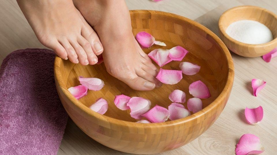 pedicure man feet woman nails toenails medi spa pedicure 7